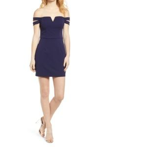 Off the Shoulder Body-Con Dress SPEECHLESS navy